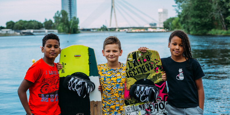 How to learn to ride a wakeboard? Wakeboard in Riga, 2017.